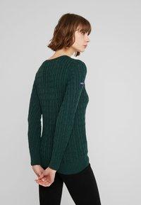 Superdry - CROYDE CABLE  - Jersey de punto - emerald green - 2