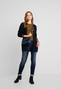 Superdry - LANNAH CABLE CARDIGAN - Cardigan - eclipse navy - 1