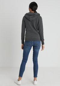 Superdry - LABEL ZIPHOOD - Zip-up hoodie - foggy charcoal marl - 2