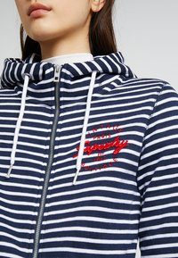 Superdry - APPLIQUE ZIPHOOD - Zip-up hoodie - mystic navy - 4