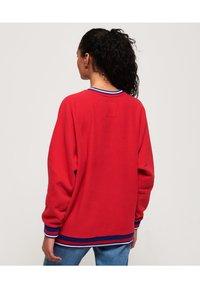 Superdry - Sweatshirt - nautical red - 2