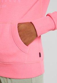 Superdry - PREMIUM GOODS TONAL INFILL ENTRY HOOD - Hoodie - neon pink - 3