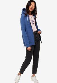 Superdry - ORANGE LABEL - Zip-up hoodie - blue - 1