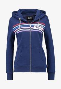 Superdry - À CAPUCHE VINTAGE LOGO RODEO - Zip-up hoodie - bleu marine intense - 4