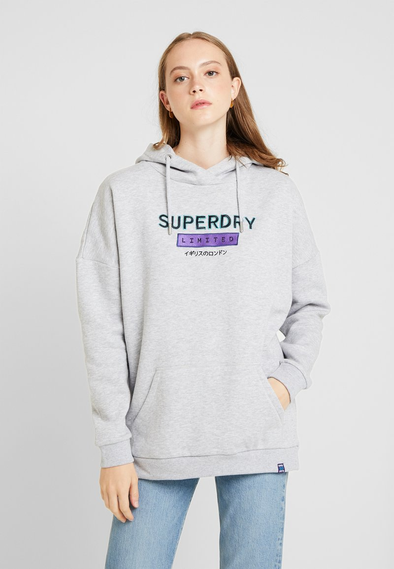 Superdry - NINETIES APPLIQUE HOOD - Huppari - mid grey marl