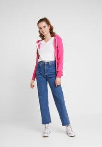 Superdry - LABEL LITE ZIPHOOD - veste en sweat zippée - ruby pink - 1