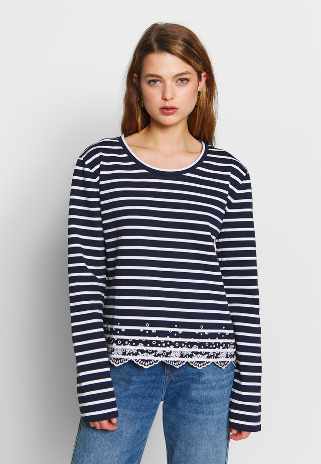 SUMMER SCHIFFLI LS TOP - Collegepaita - navy stripe