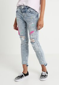 Superdry - RILEY GIRLFRIEND - Relaxed fit jeans - cove blue - 0
