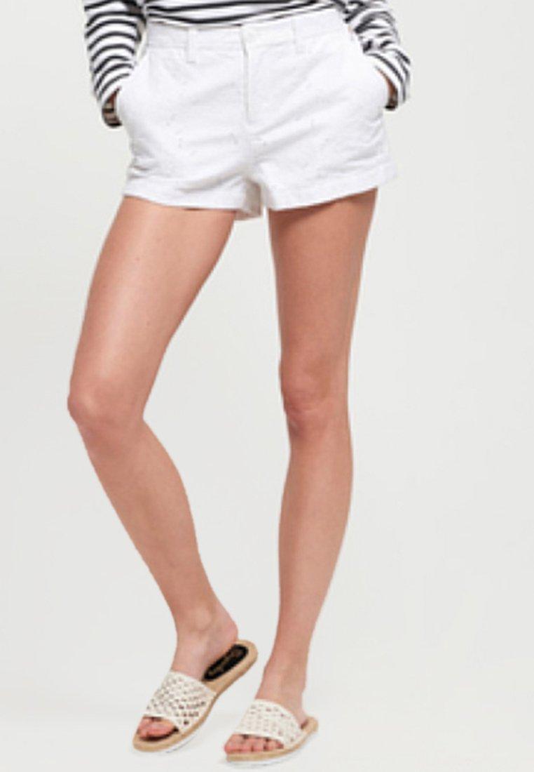Superdry - Shorts - white