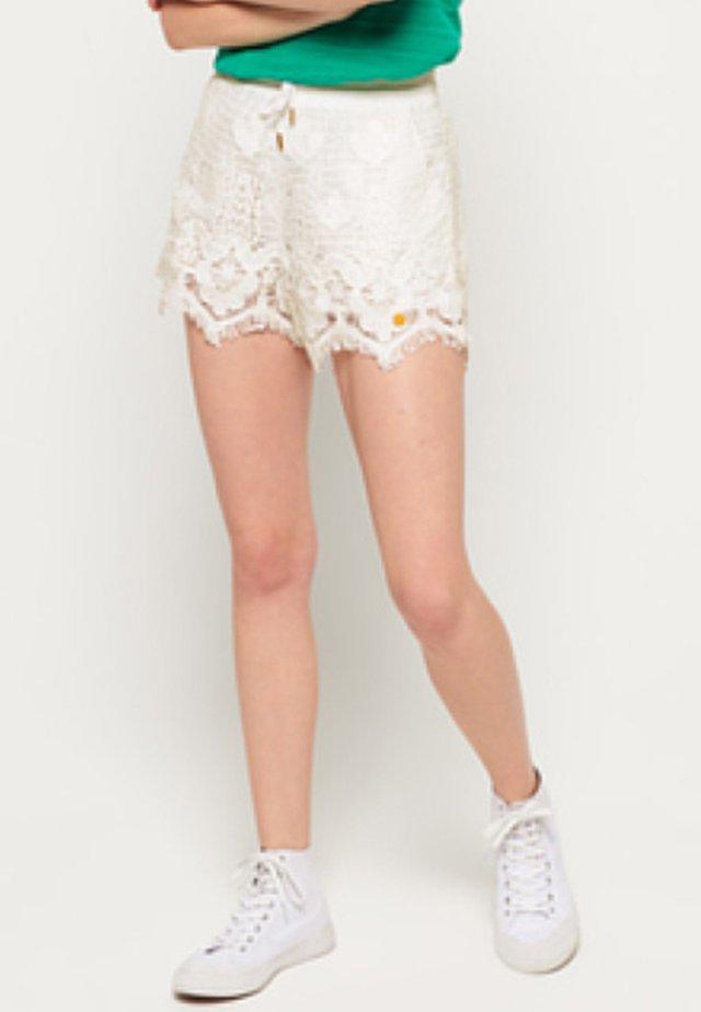 Shorts - creamy