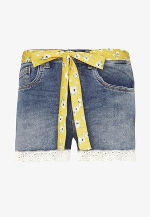 LACE HOT SHORT - Short en jean - summer house blue