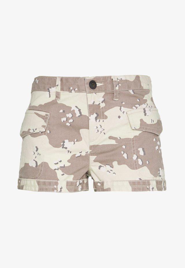 UTILITY - Shorts - desert camo