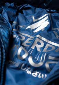 Superdry - LUXE CHEVRON FUJI  - Vinterjacka - blue - 4