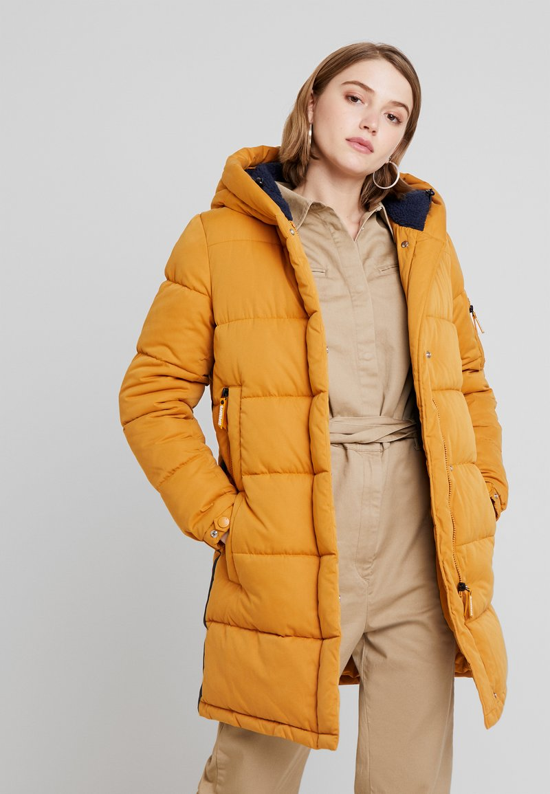 Superdry - SPHERE PADDED ULTIMATE - Winter coat - spectra yellow