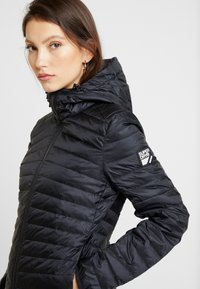 Superdry - HYPER CORE JACKET - Down jacket - eagle black - 5