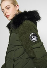 Superdry - ELLA SHERPA BOMBER - Winter jacket - army khaki - 8
