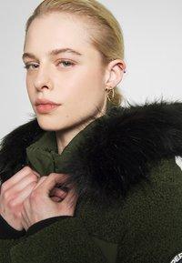 Superdry - ELLA SHERPA BOMBER - Winter jacket - army khaki - 5