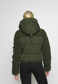 Superdry - ELLA SHERPA BOMBER - Winter jacket - army khaki - 3