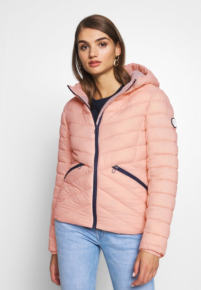 ESSENTIALS HELIO PADDED JACKET - Välikausitakki - peach whip