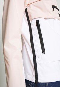 Superdry - ESSENTIALS OVERHEAD - Light jacket - peach whip - 4