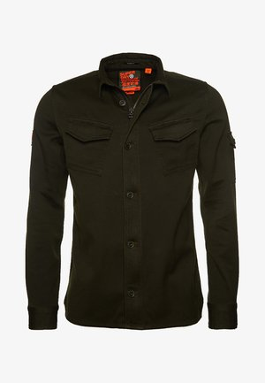 SUPERDRY PATCH PATROL LONG SLEEVED SHIRT - Vapaa-ajan kauluspaita - green