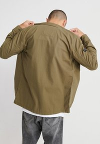Superdry - Chemise - army green - 2