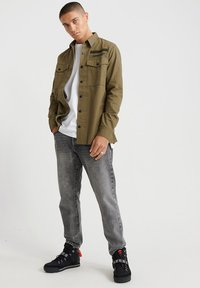Superdry - Chemise - army green - 1