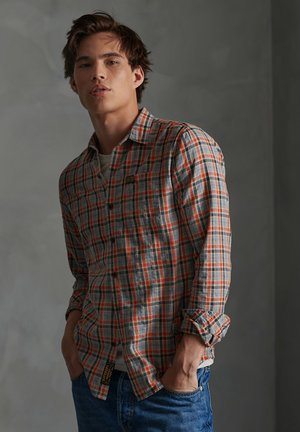 SUPERDRY WORKWEAR LITE LONG SLEEVE SHIRT - Shirt - orange check