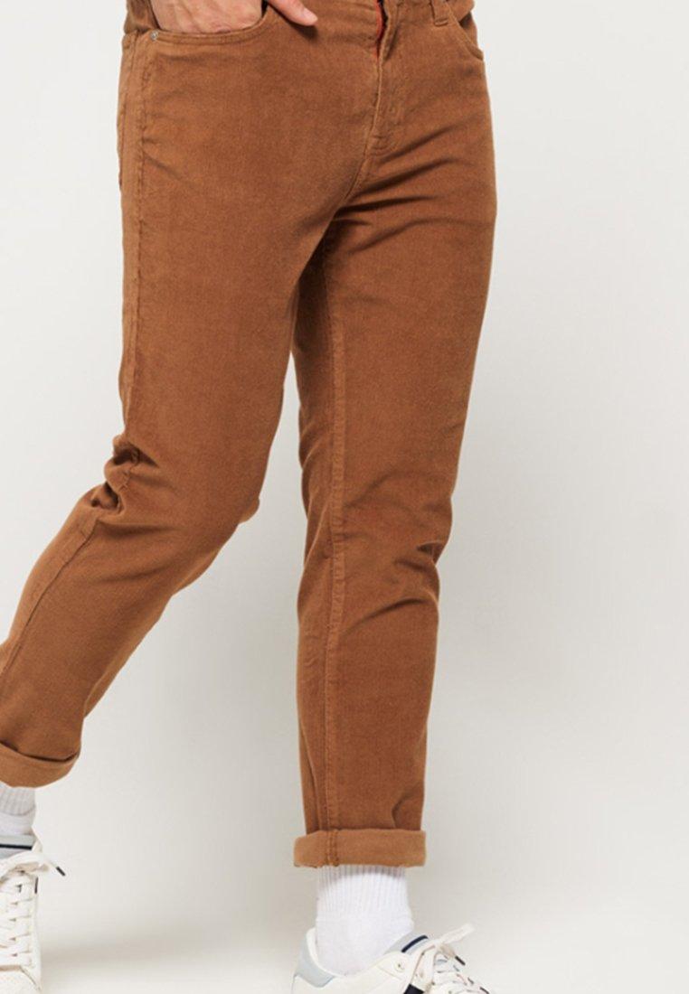 Superdry - TYLER   - Trousers - beige