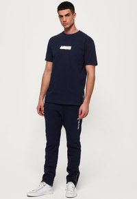 Superdry - BLACK LABEL - Pantalones - royal blue - 1