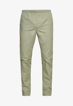 WORLDWIDE  - Spodnie materiałowe - clean sage