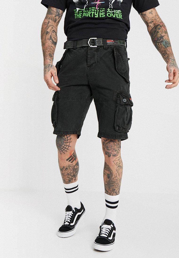 Superdry - CORE CARGO HEAVY - Shorts - bitter black