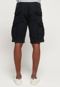 Superdry - PARACHUTE - Shorts - black - 2
