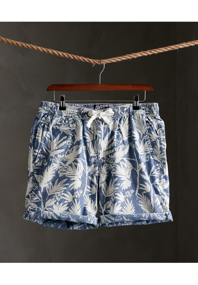 SUNSCORCHED - Shorts - chambray palm