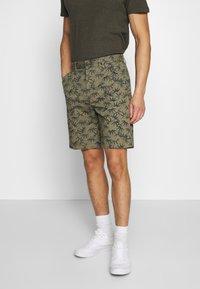 Superdry - INTERNATIONAL  - Shorts - dark green - 0
