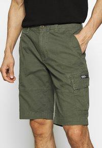 Superdry - CORE CARGO SHORTS - Shorts - draft olive - 3