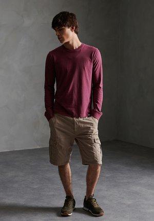 CORE - Shorts - sand