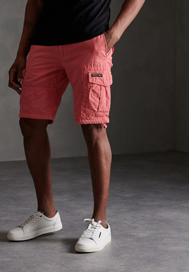 CORE - Shorts - maldive pink