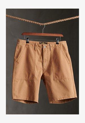 CANVAS FATIGUE - Shorts - malt