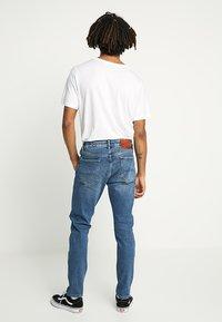 Superdry - TYLER - Slim fit jeans - alder mid blue - 2