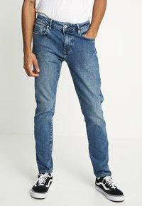 Superdry - TYLER - Slim fit jeans - alder mid blue - 0