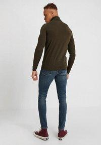 Superdry - TRAVIS - Jeans Skinny Fit - trinity dark used - 2