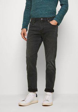 TYLER - Jeans slim fit - portland washed black