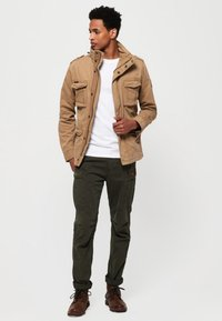 Superdry - CLASSIC ROOKIE MILITARY JACKET - Summer jacket - beige - 1