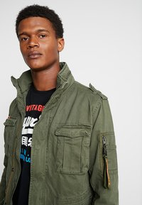 Superdry - CLASSIC ROOKIE MILITARY JACKET - Summer jacket - khaki - 3
