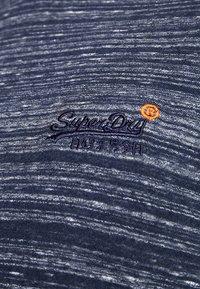 Superdry - ORANGE LABEL VINTAGE TEE - Print T-shirt - navy - 5
