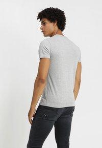 Superdry - VINTAGE LOGO TRI TEE - T-shirt print - montana grey grit - 2