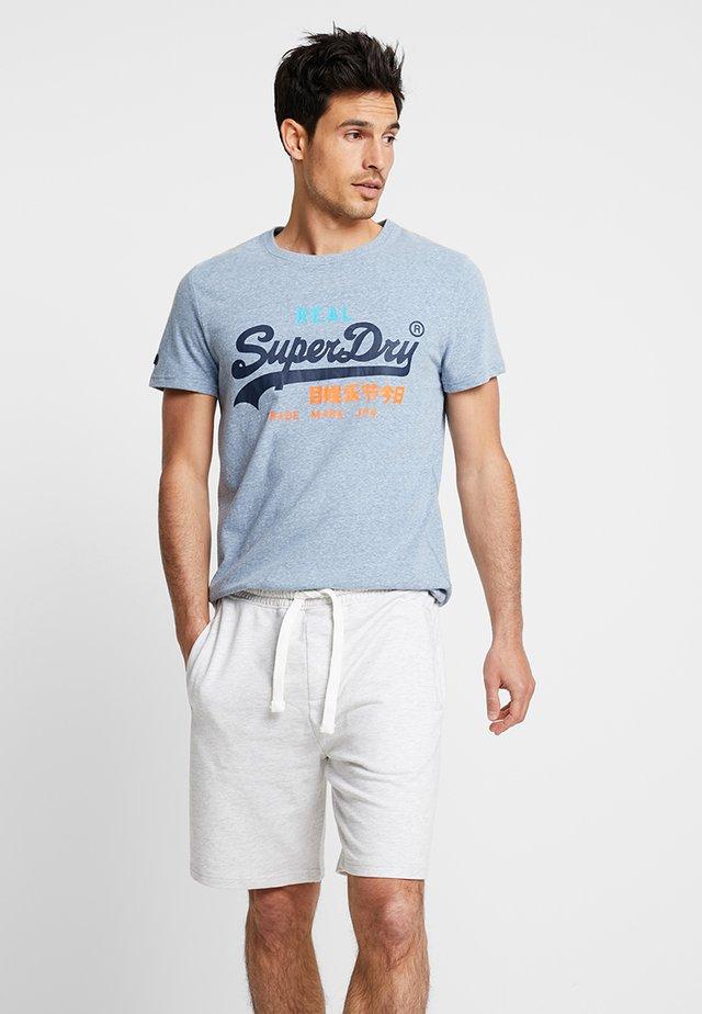 VINTAGE LOGO TRI TEE - T-shirt print - bliss blue