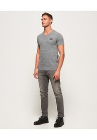 Superdry - VINTAGE  - T-shirt basic - grey - 1