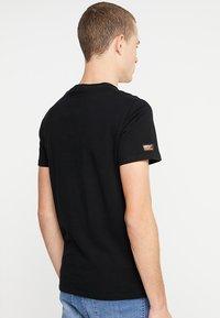 Superdry - VINTAGE LOGO TEE - T-shirt print - black - 2